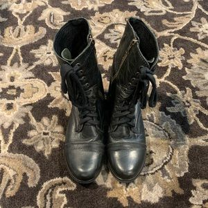 Steve Madden Troppa Black Boots